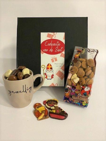 Cadeautje van Sint geschenk set koffiemok